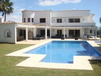 Luxury Villa : Altos Reales in Marbella